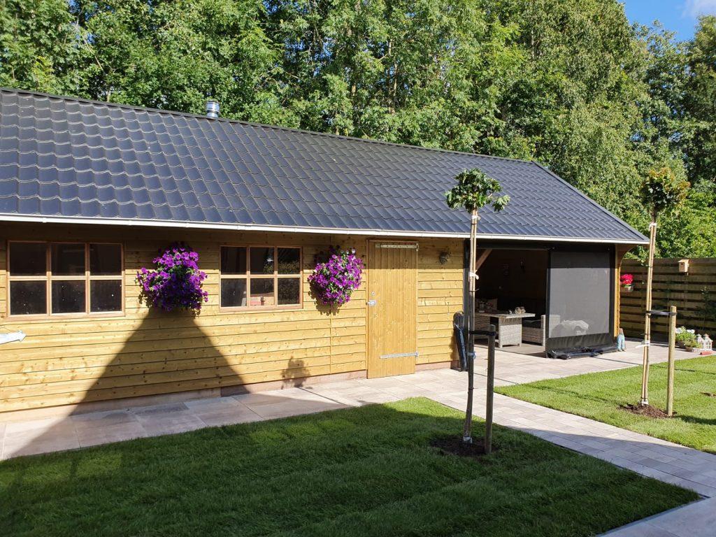 Sumar compleet nieuwe tuin met grote schuur en overkapping 5